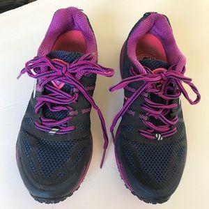 Brooks Cascadia Navy Purple Running Shoes Sz 7